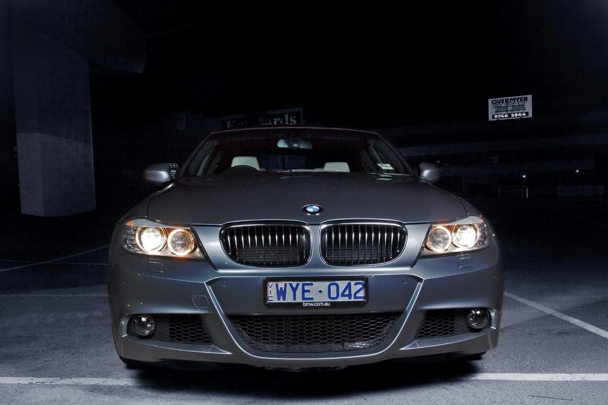 2009_bmw-335i_with_m-sport-package_road-test-review_01.jpg