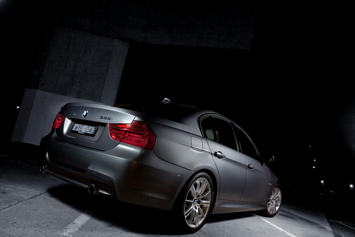 2009_bmw-335i_with_m-sport-package_road-test-review_03.jpg