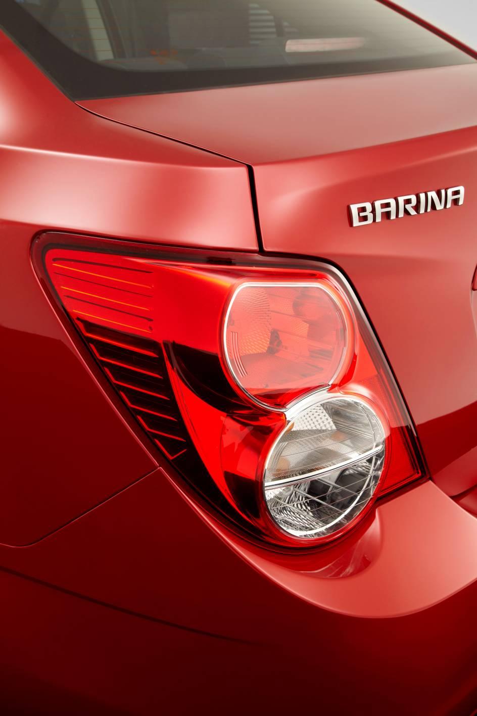 2012_holden_barina_sedan_03