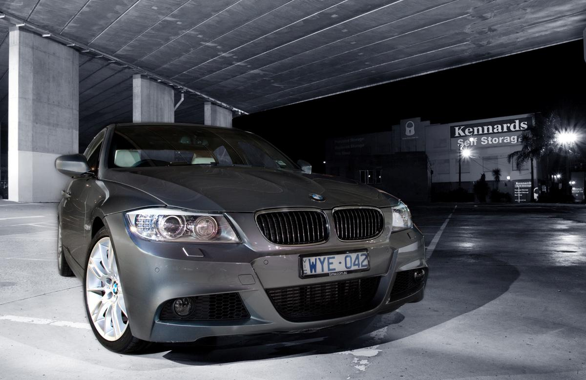 2009_bmw-335i_with_m-sport-package_road-test-review_10.jpg