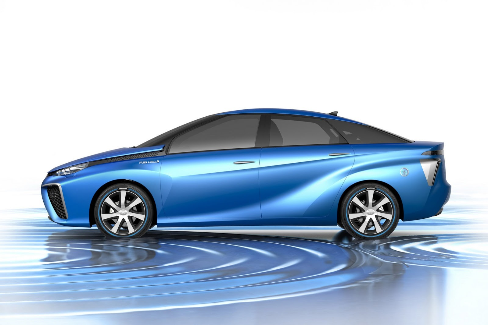2013_toyota_fcv_hydrogen_concept_04