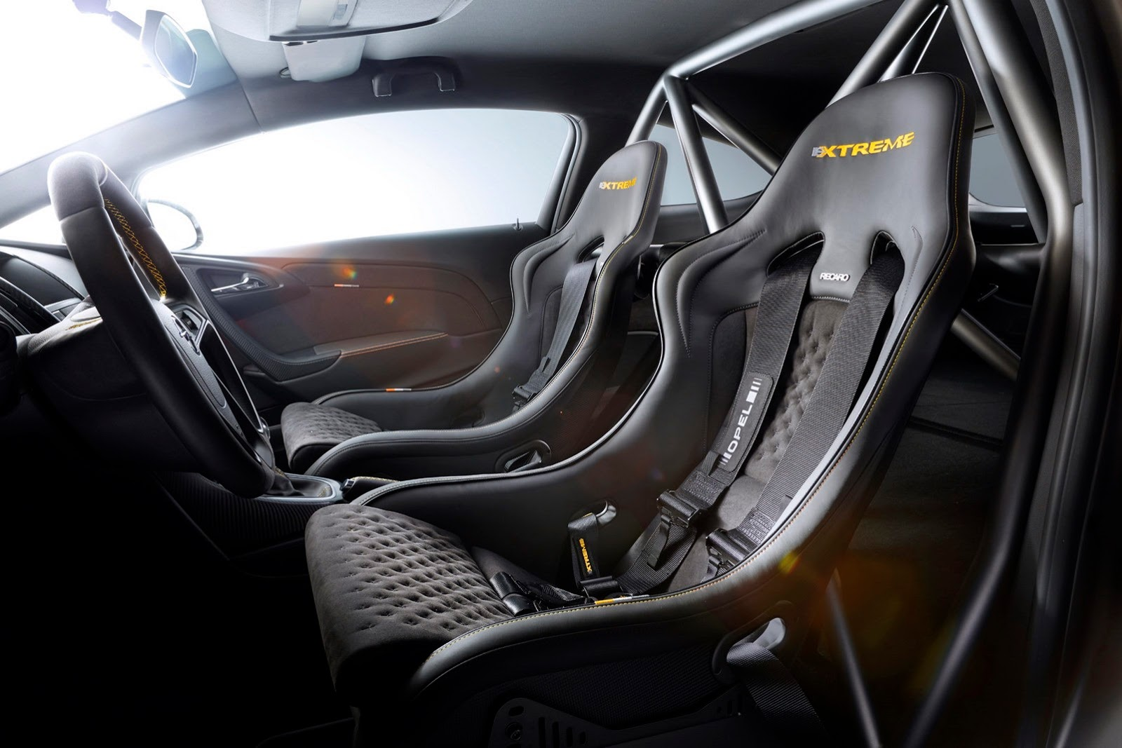 2014_opel_astra_opc_extreme_04