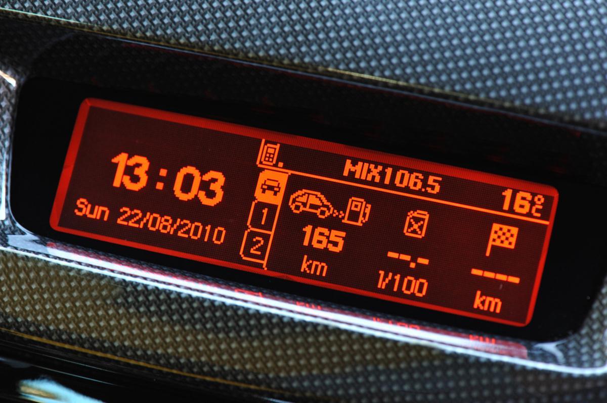 2010_citroen_ds3_dsport_road_test_review_australia_header_27
