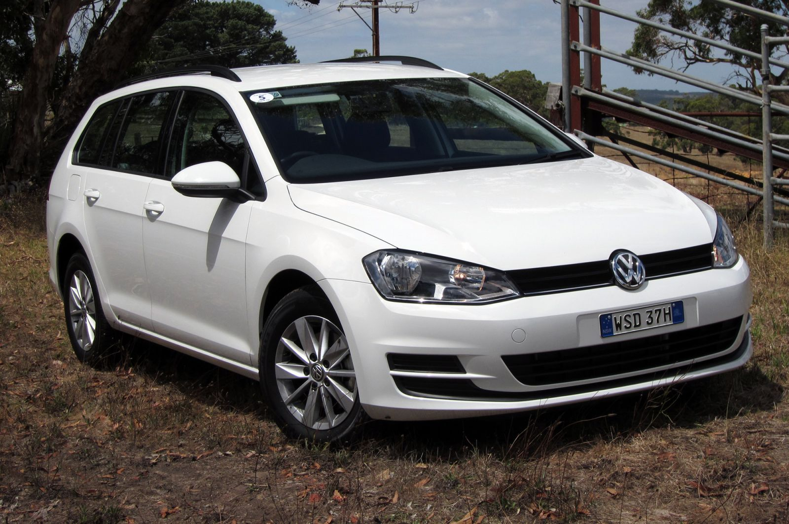 2014 Volkswagen Golf Wagon Review: 90TSI, 103TSI, 110TDI