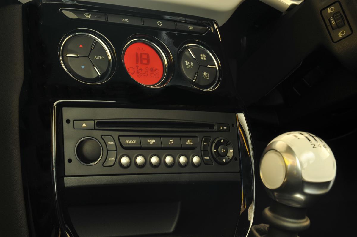 2010_citroen_ds3_dsport_road_test_review_australia_header_13