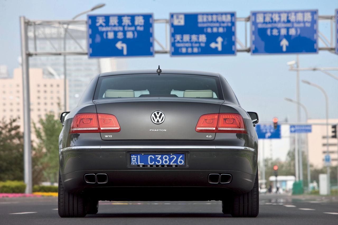 2011_volkswagen_phaeton_press_photos_28