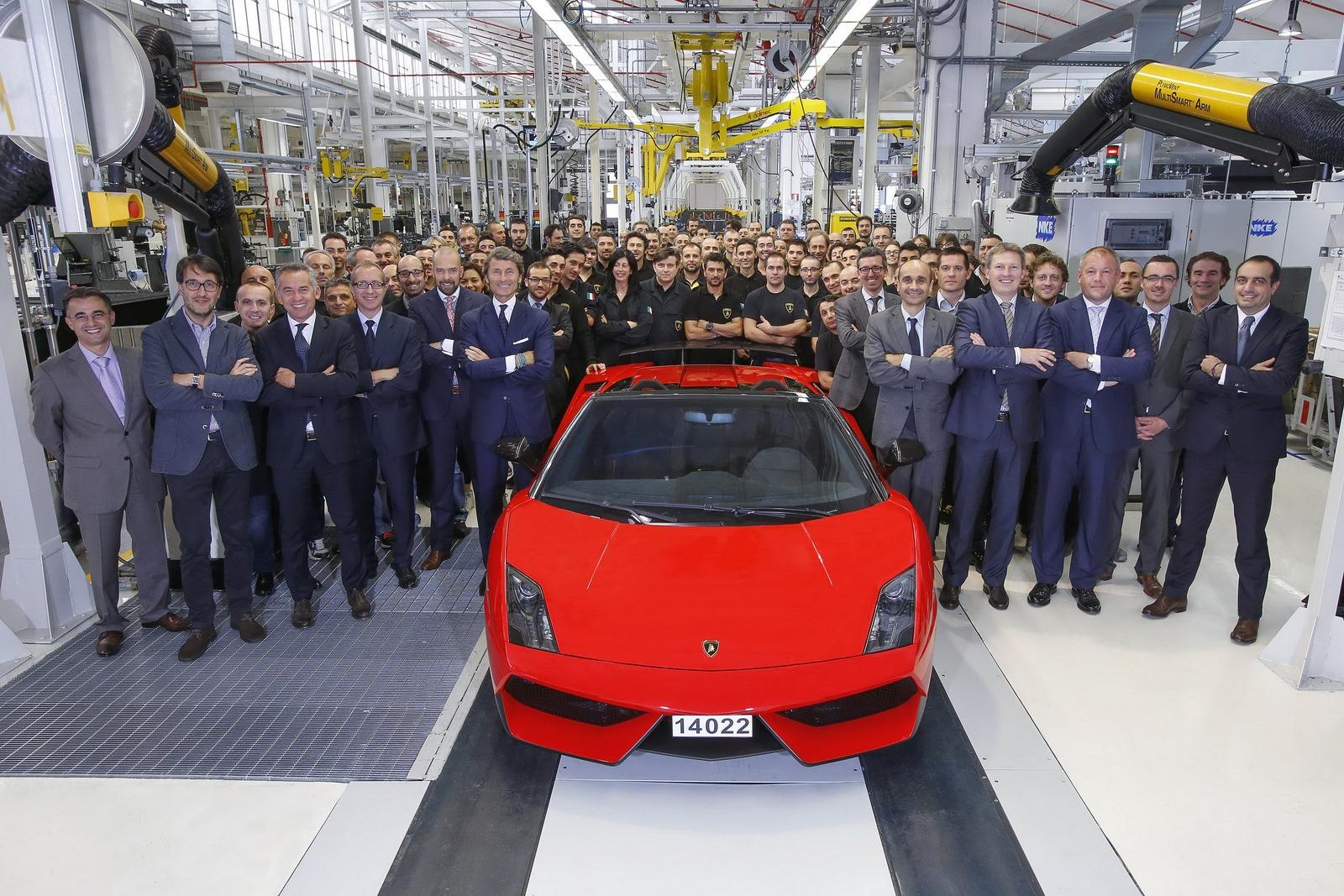 Lamborghini Farewells Gallardo As Last Car Rolls Off The Line