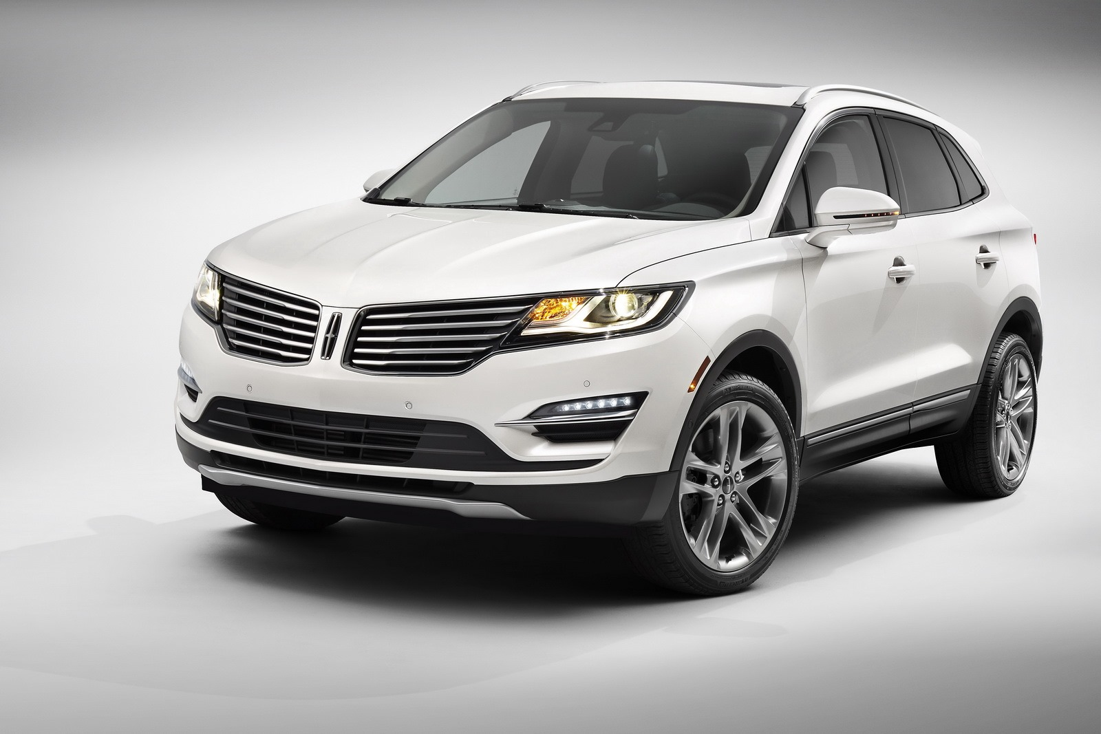 Lincoln MKC SUV Revealed With All-New EcoBoost Engine