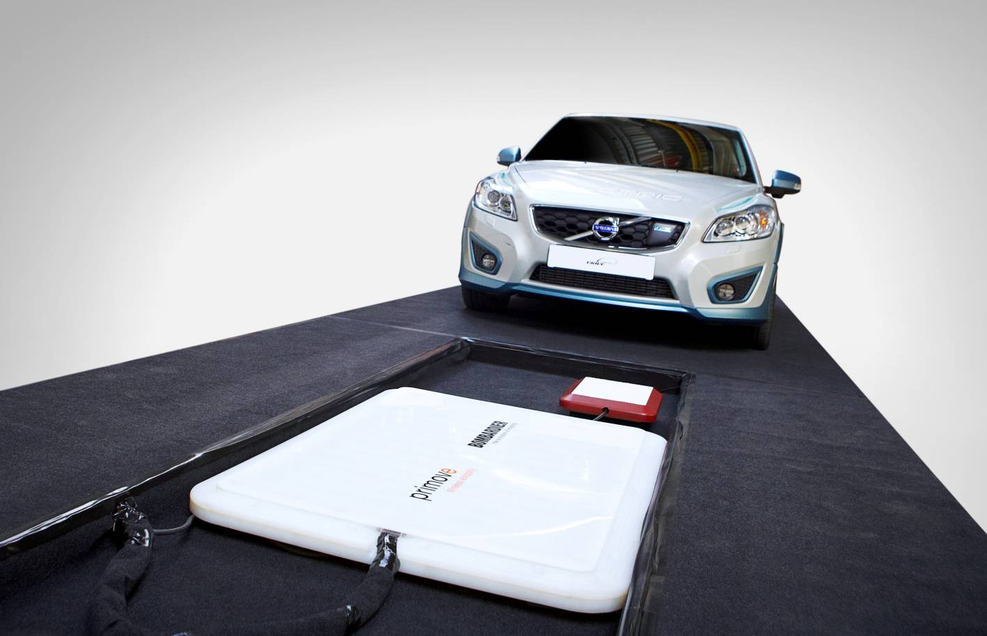 Volvo C30 Electric Tests Wireless Charging Technology
