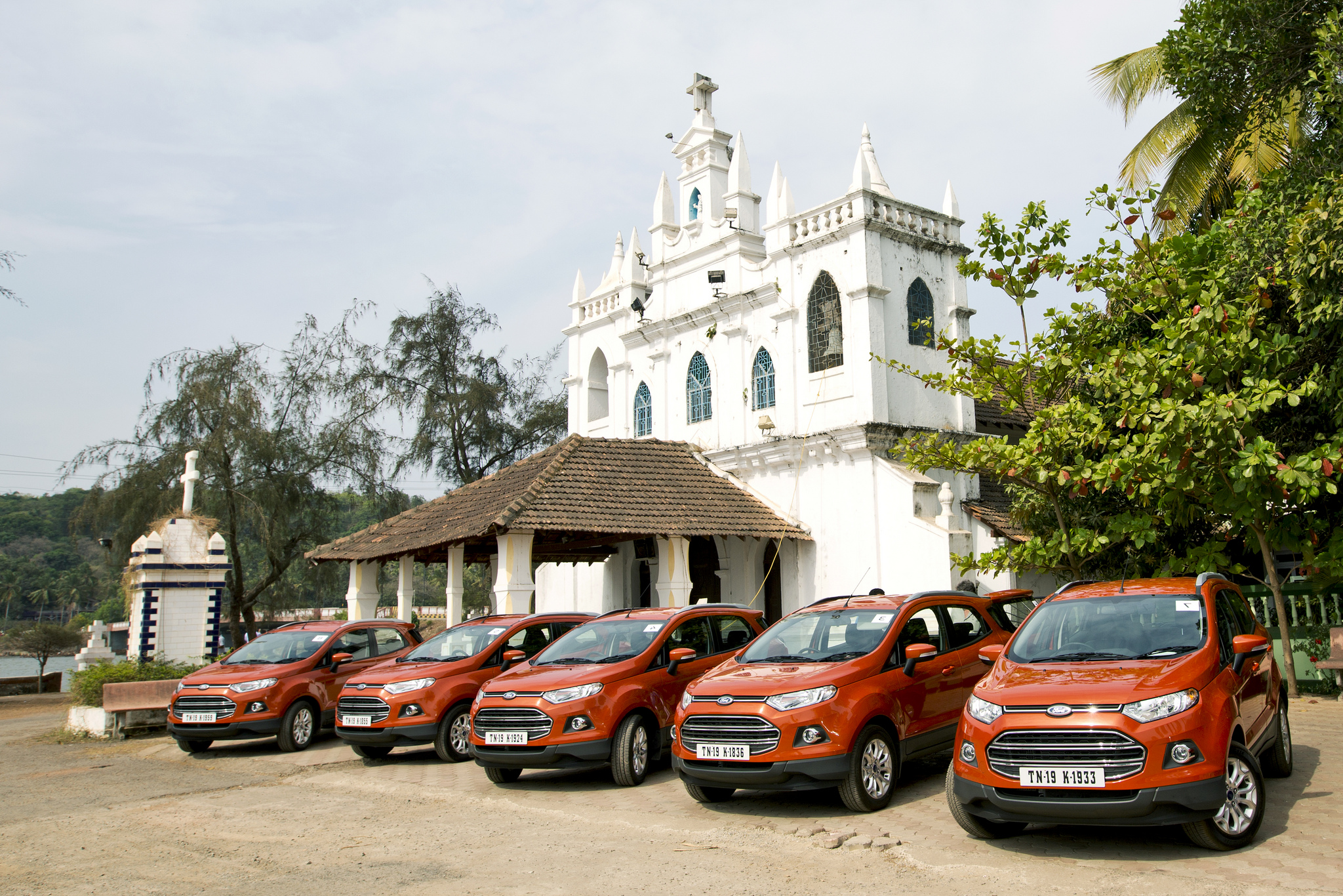 2014_ford_ecosport_india_drive_24