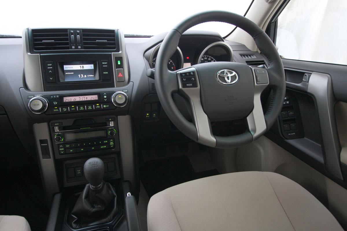 2010_toyota_prado_gxl_roadtest_review_interior_003