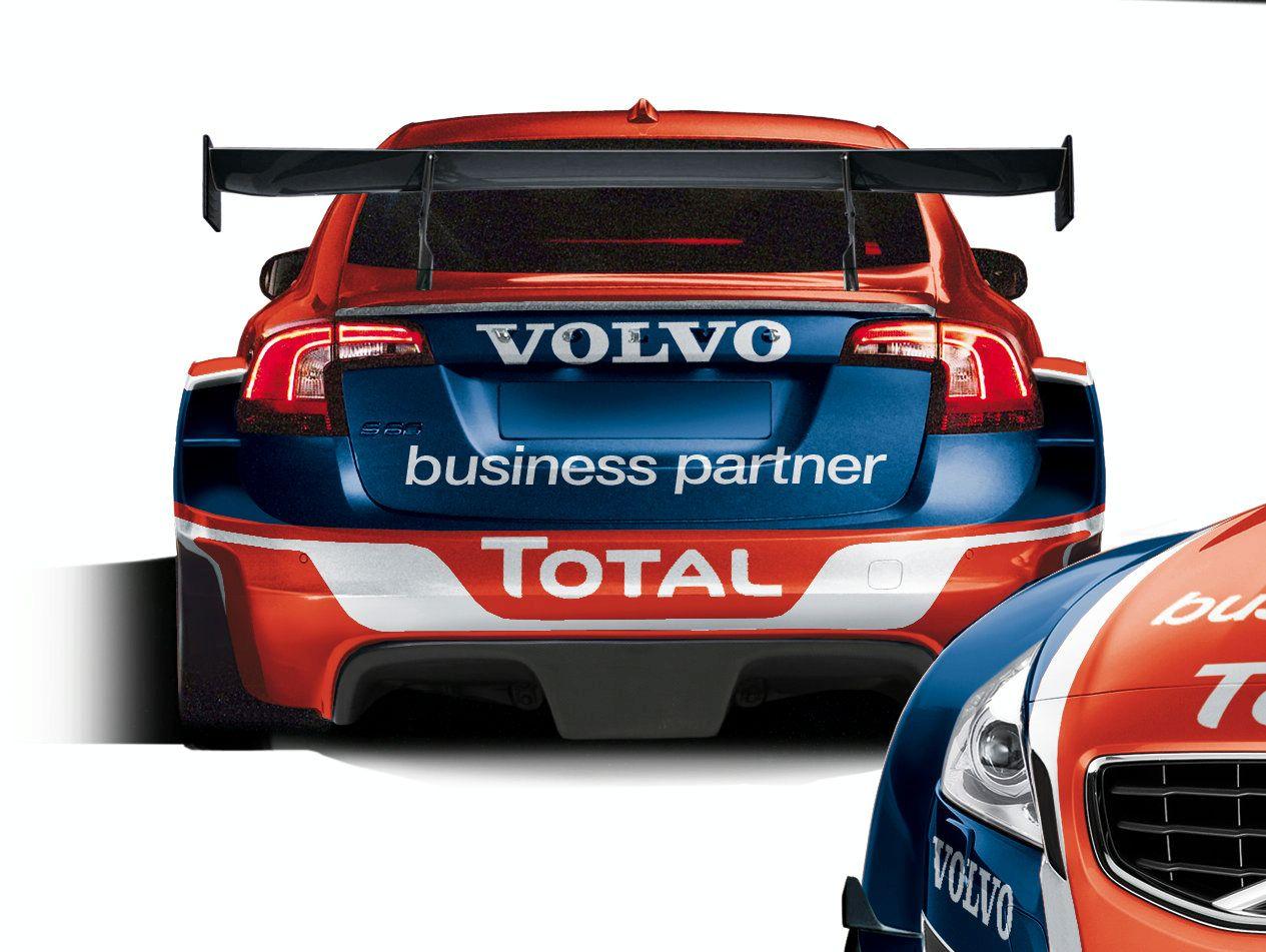 2010_volvo_s60_btcs_race_car_01