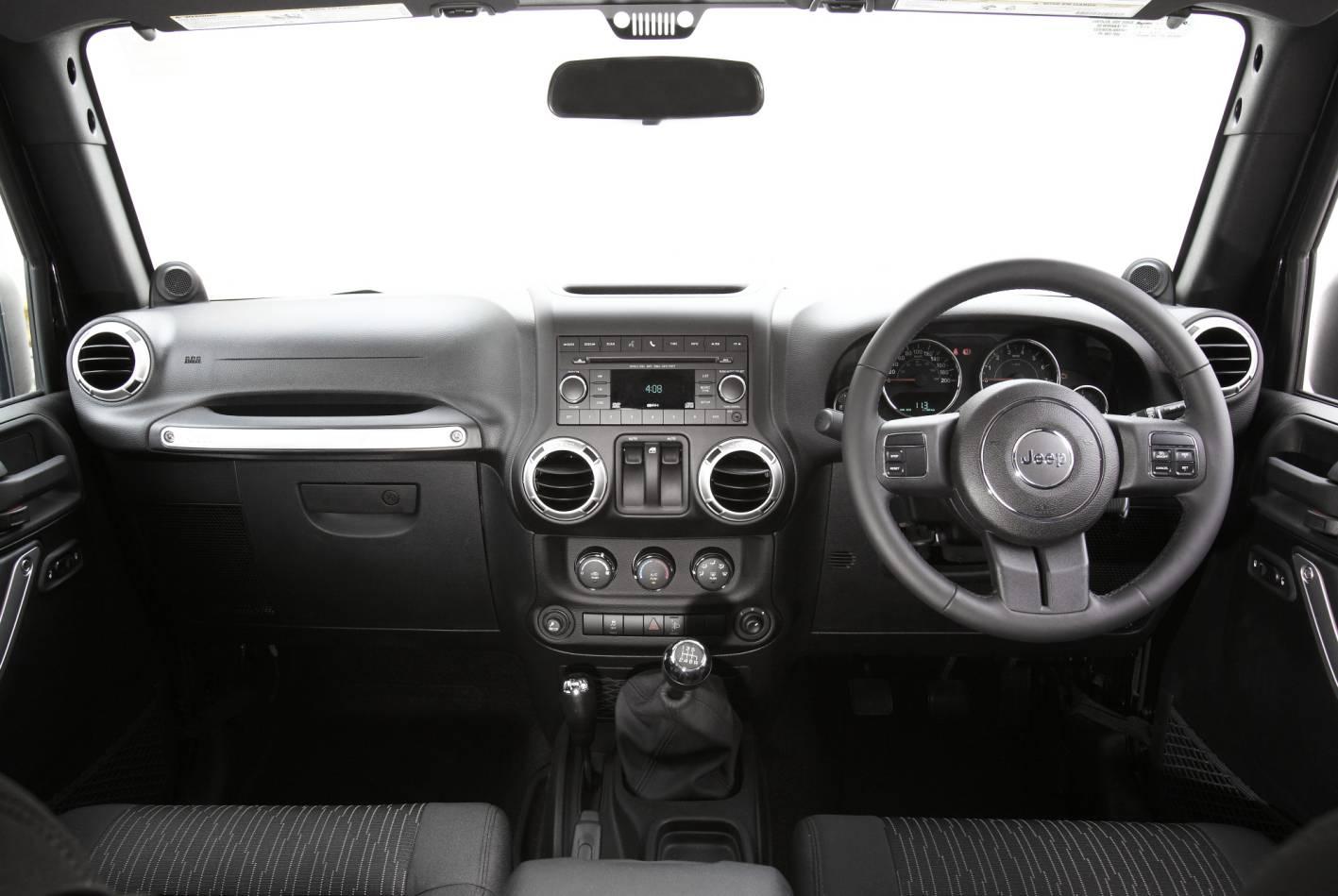 2011_jeep_wrangler_australia_04