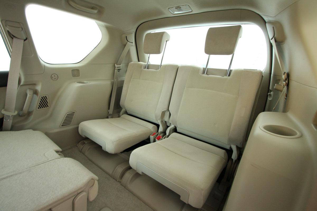 2010_toyota_prado_gxl_roadtest_review_interior_022