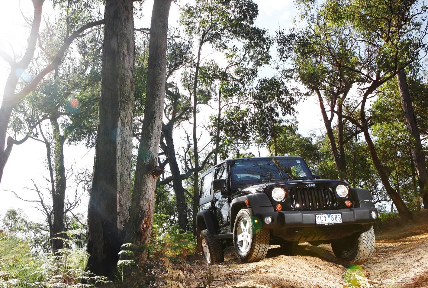 2011_jeep_wrangler_australia_03