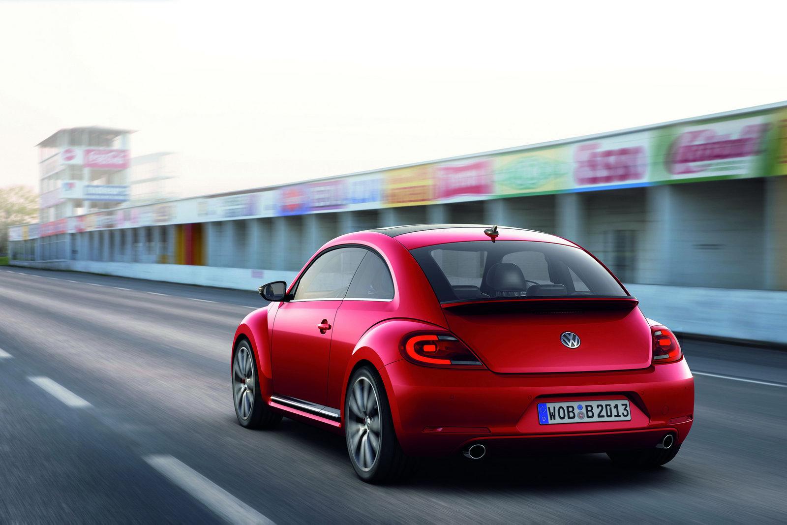 2012_volkswagen_beetle_14