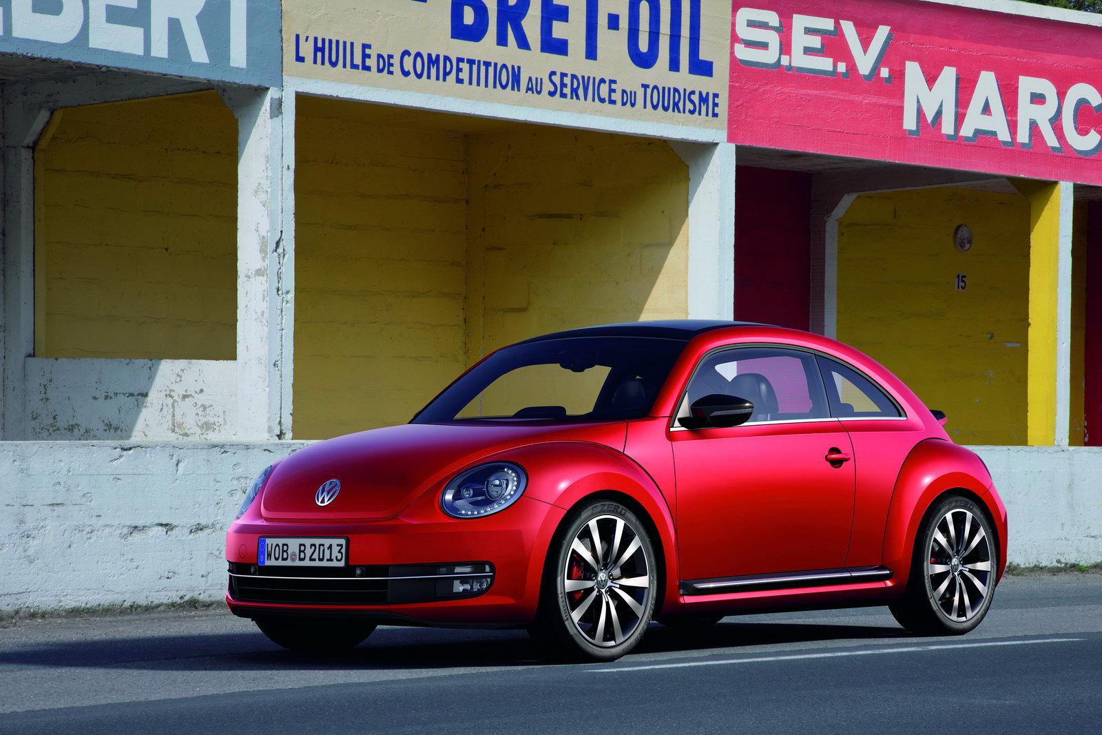 2012_volkswagen_beetle_12