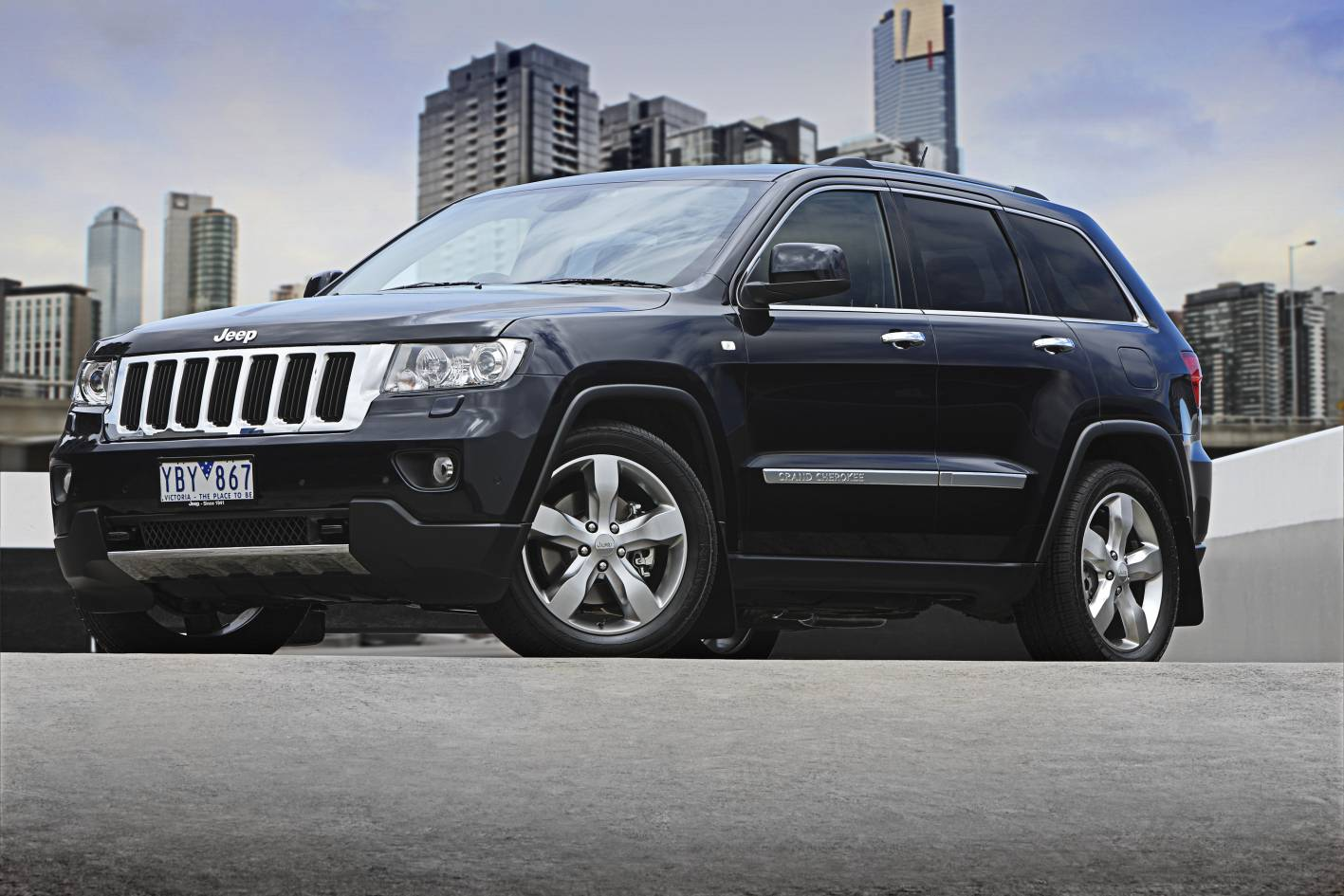 2011_jeep_grand_cherokee_limited_australia_05