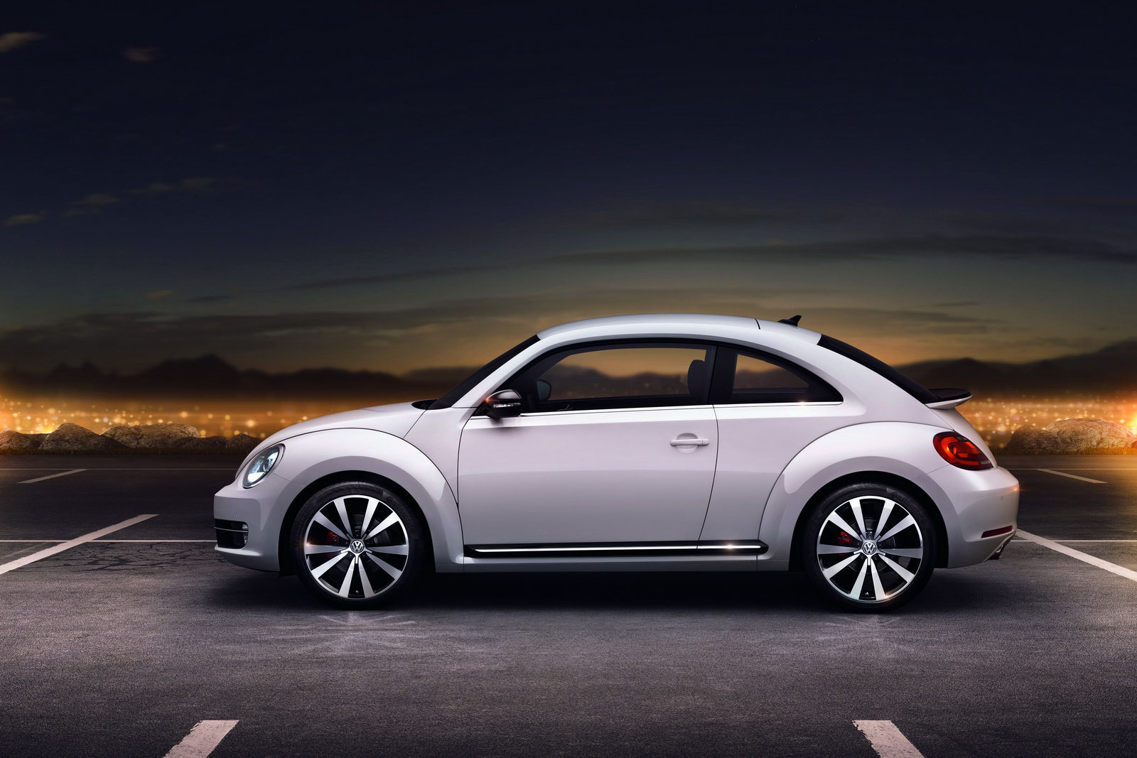 2012_volkswagen_beetle_10