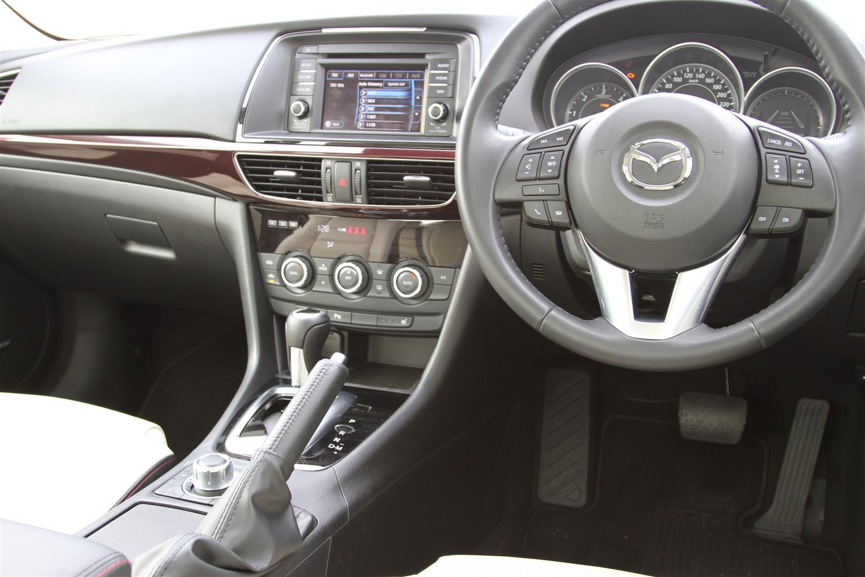 2013_mazda6_atenza_skyactiv_d_diesel_automatic_sedan_review_07