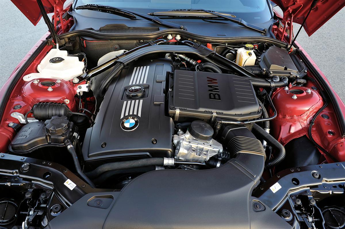 BMW Z4 sDrive35is, Engine (11/2009)
