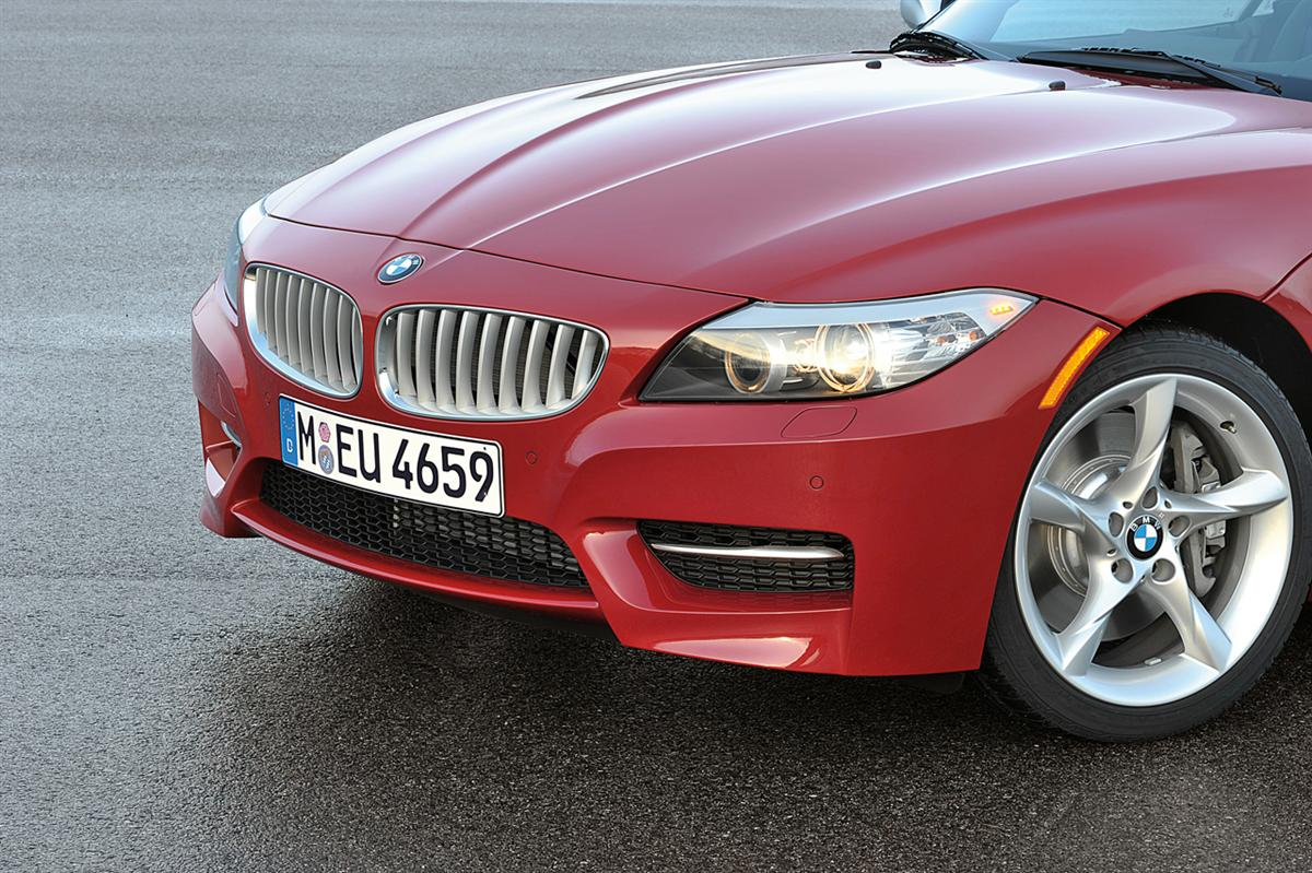 BMW Z4 sDrive35is, Front end (11/2009)
