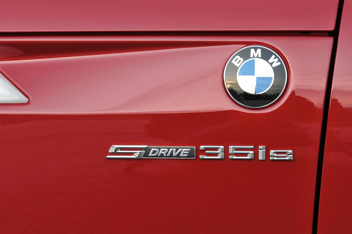 BMW Z4 sDrive35is, Badge (11/2009)