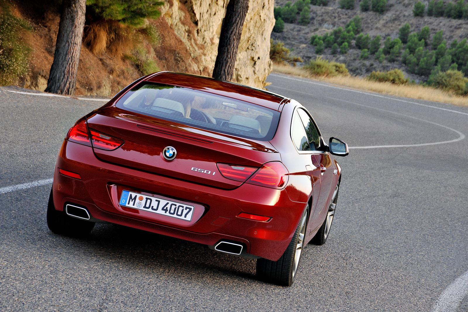 2012_bmw_6_series_coupe_650i_640i_08