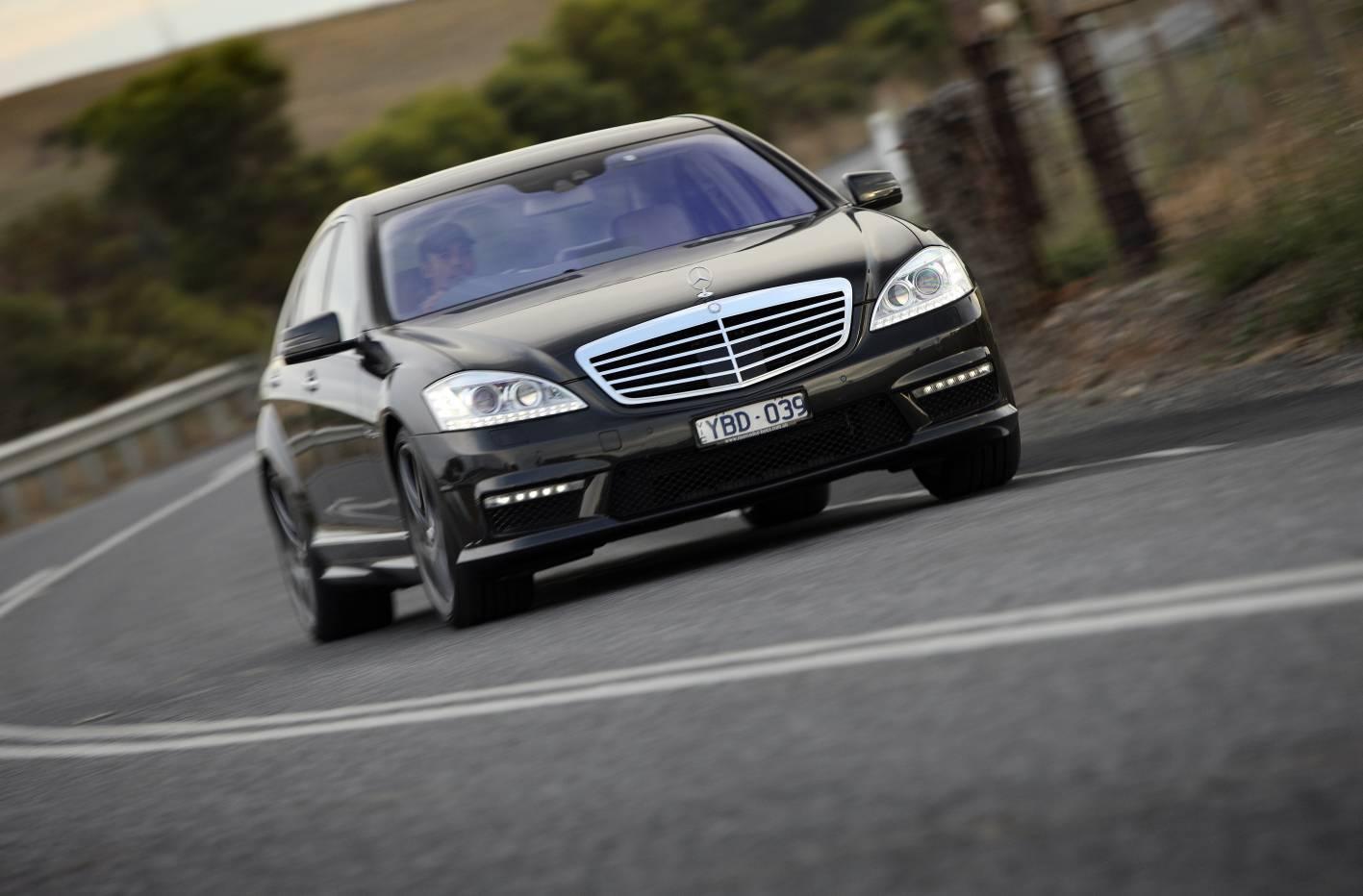 2011_mercedes_benz_s_class_sedan_csr_01