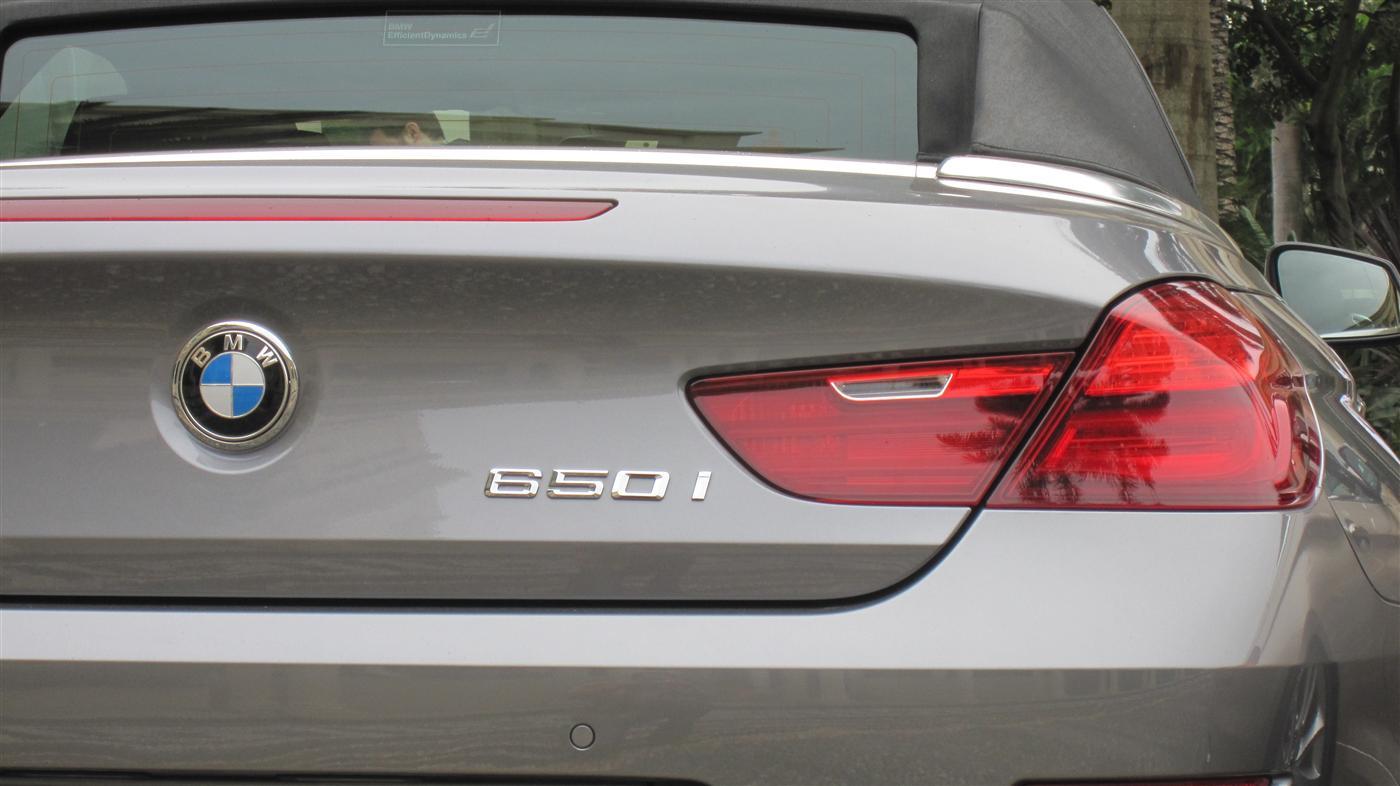3_2011_bmw_650i_convertible_tmr_photos_07