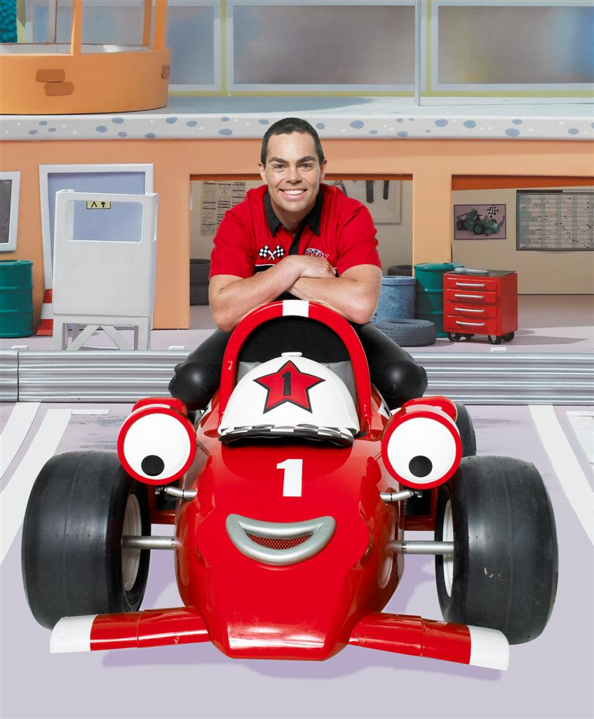 craig_lowndes_conrod_and_roary_the_racing_car_05