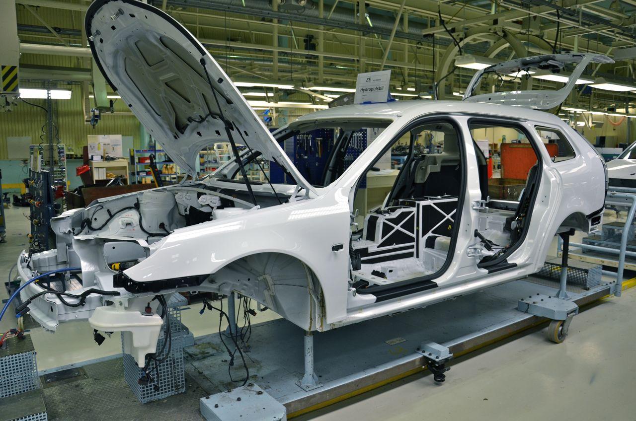 2011_saab_9_3_e_power_test_fleet_factory_03