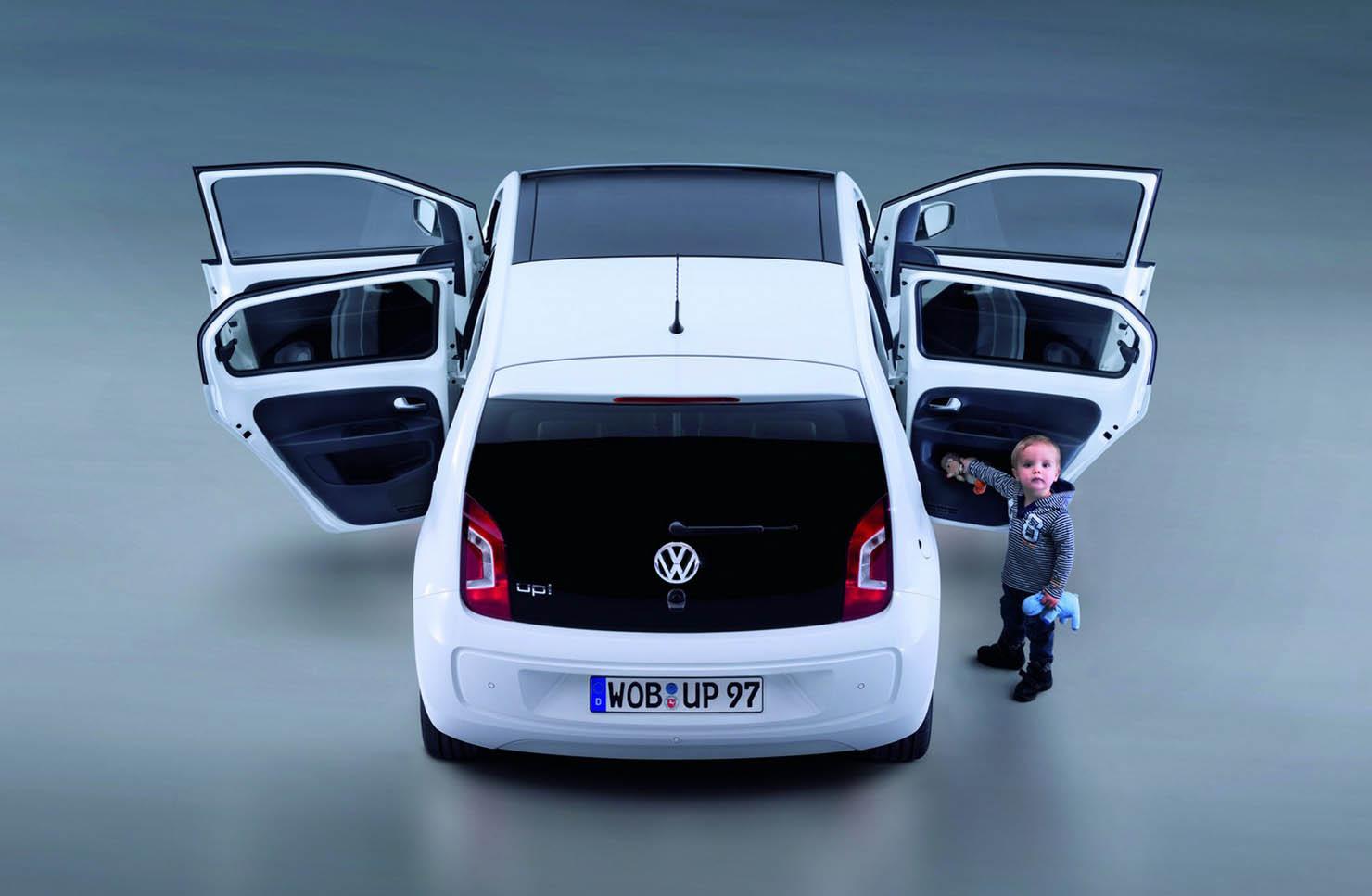 volkswagen_up_five_door_overseas_05