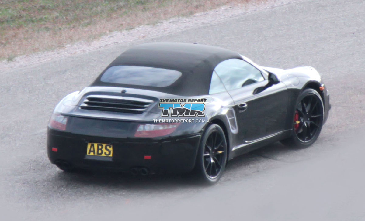 2012_porsche_911_spy_shots_spy_photos_cabriolet_03