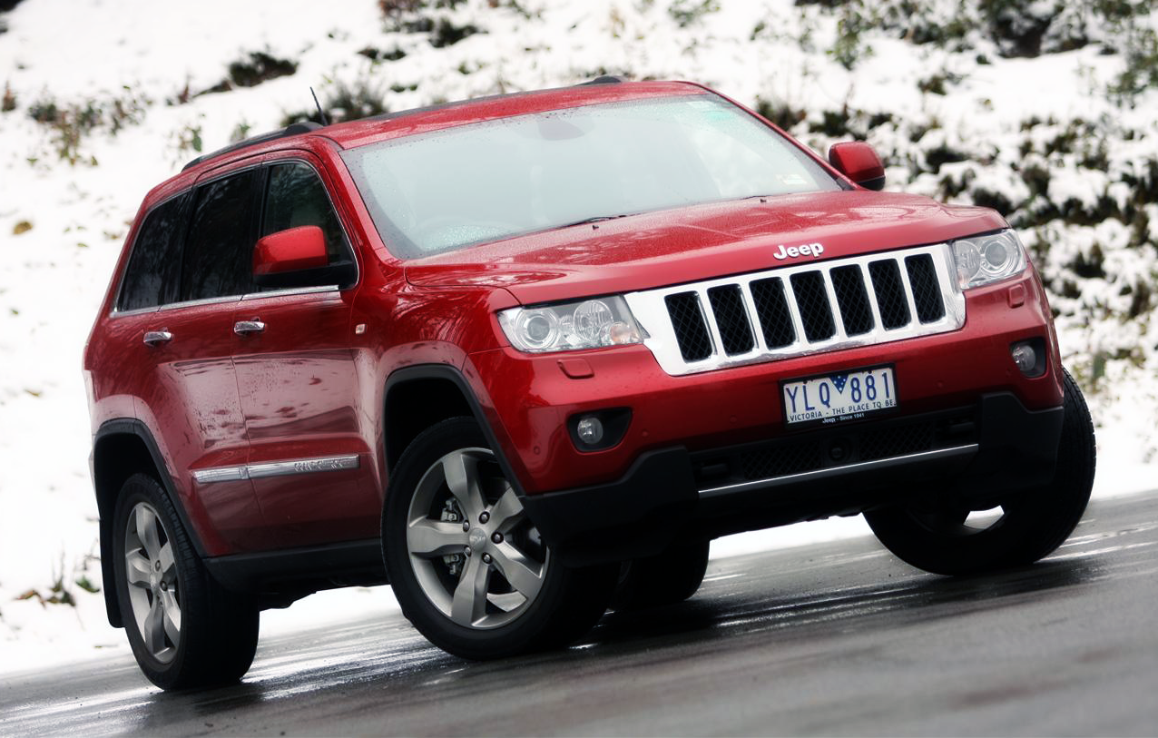 2011 Jeep Grand Cherokee V8 Overland Review