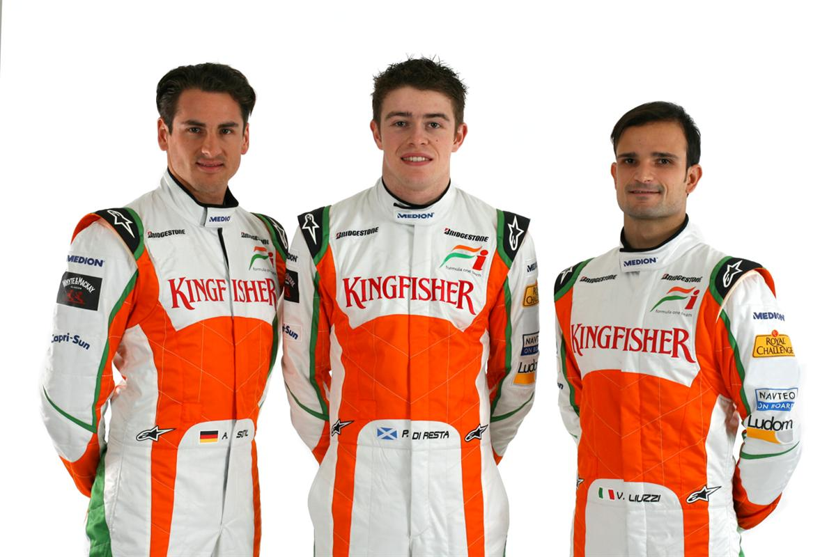 (L to R): Adrian Sutil (GER) Force India F1 with Paul Di Resta (GBR) Force India F1 Third Driver and Vitantonio Liuzzi (ITA) Force India F1. Force India Studio Shoot, Silverstone, England, 8 February 2010.