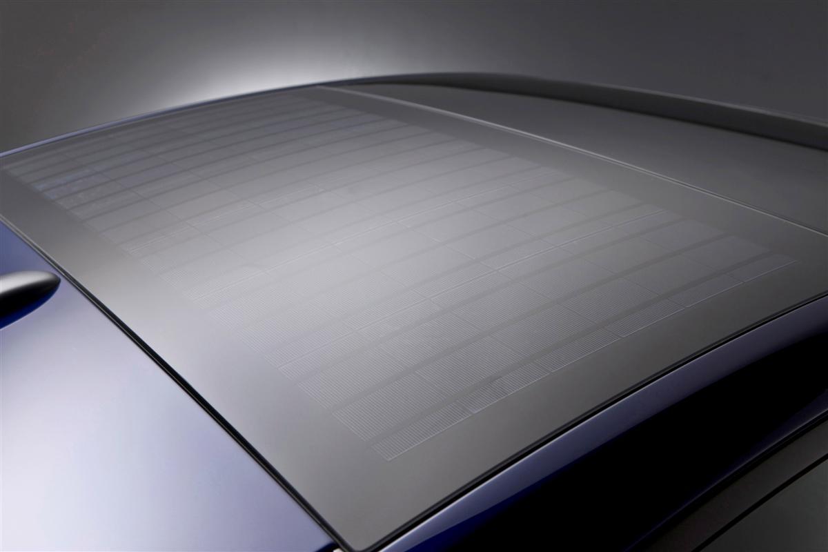2009 Toyota Prius solar panel