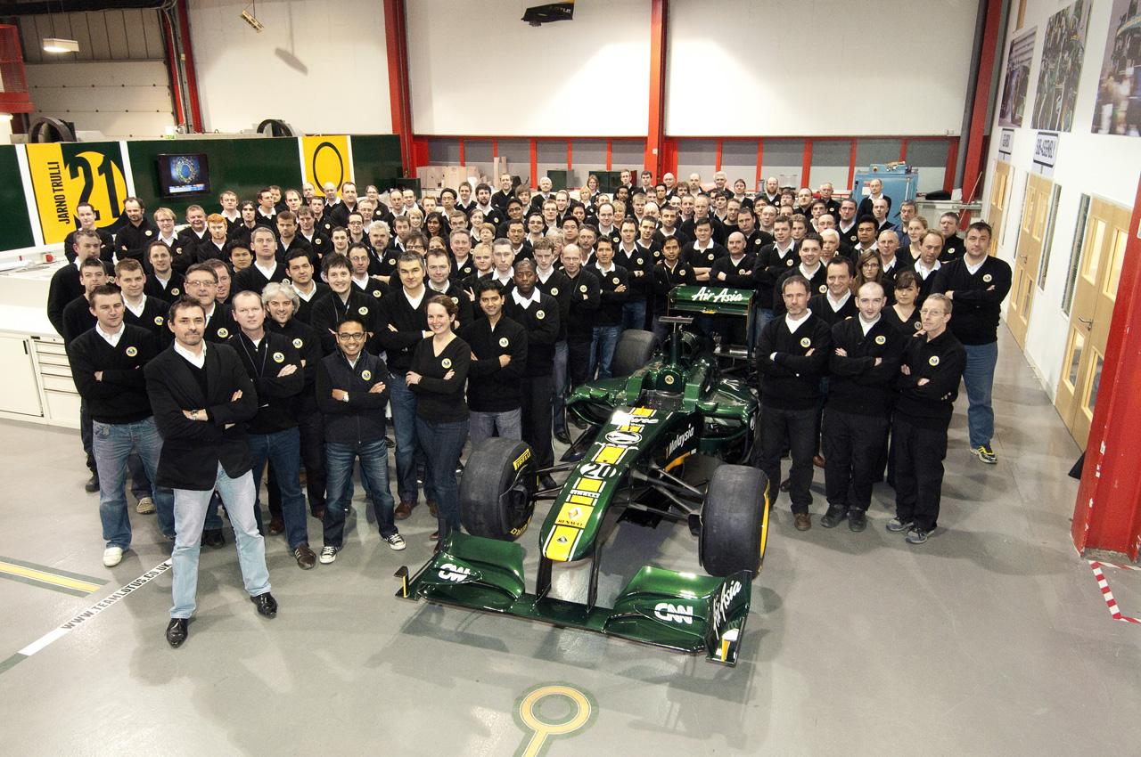 2011_lotus_t128_f1_race_car_04