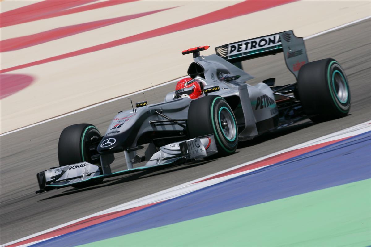 2010_f1_mercedes_gp_bahrain_06