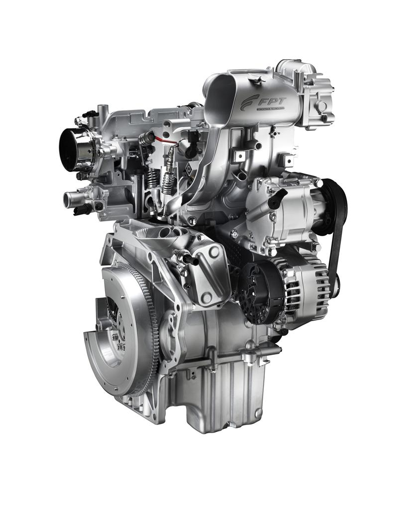 fiat_900cc_two_cylinder_twin_air_engines_01
