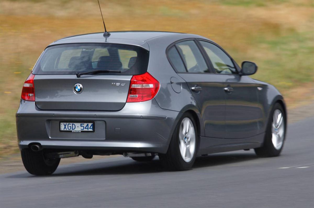 2010_bmw_118d_sports_hatch_road_test_review_australia_04