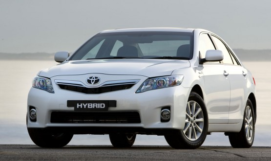2010 Toyota Hybrid Camry Fuel Consumption Confirmed: 6.0 l/100km