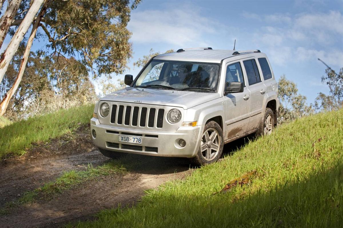 2010_jeep_patriot_first-drive-review_17.jpg
