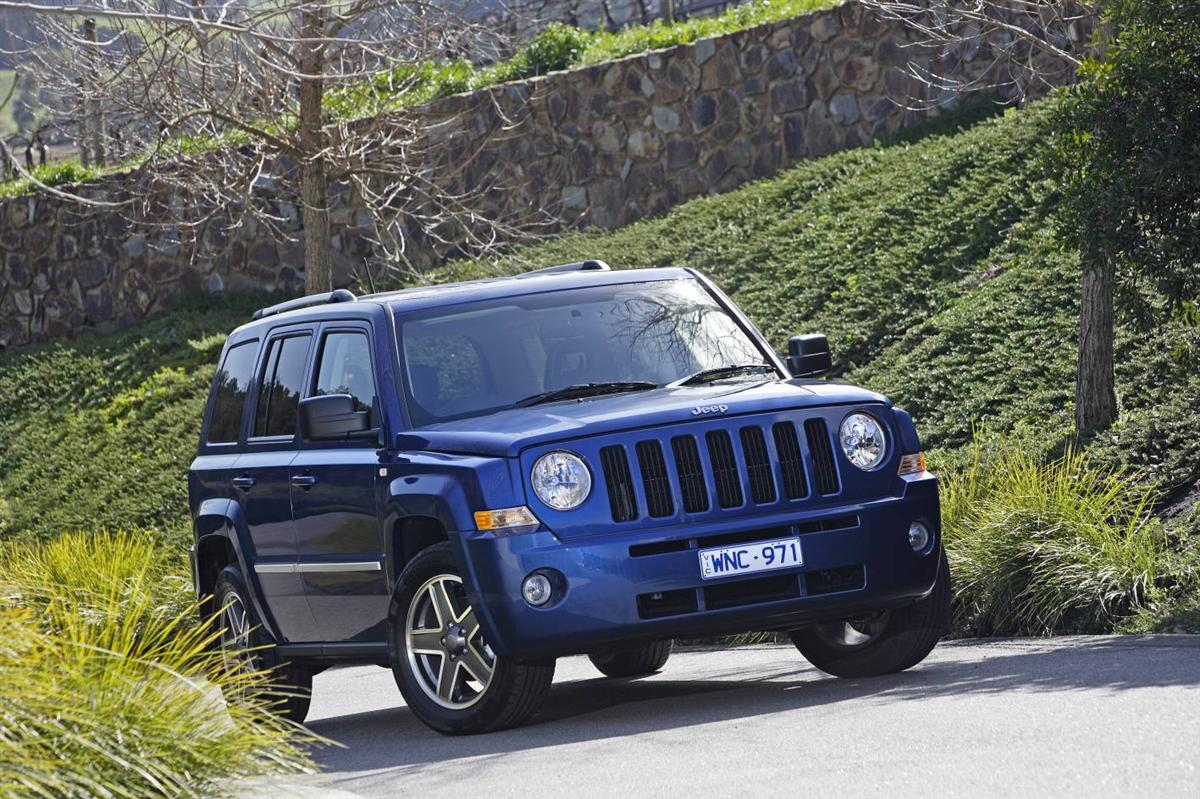 2010_jeep_patriot_first-drive-review_01.jpg