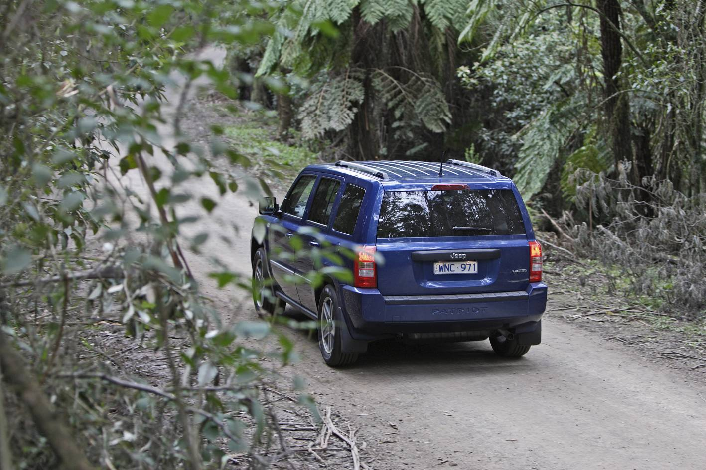 2010_jeep_patriot_first-drive-review_22.jpg