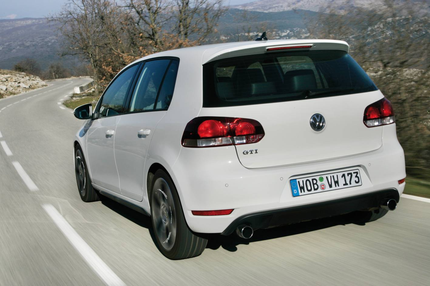 2010_golf_gti_first-drive-review_16.jpg