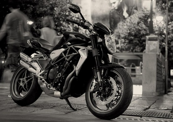 2010 MV Agusta Brutale 990R And 1090RR Launched, Coming To Australia Q1 2010