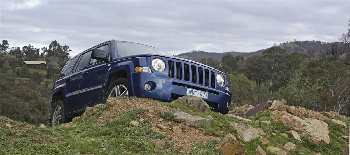 2010_jeep_patriot_first-drive-review_05.jpg