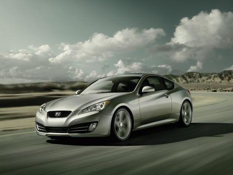 """Hyundai Genesis Coupe Is A """"Simply Smoking"""" Sales Success"""