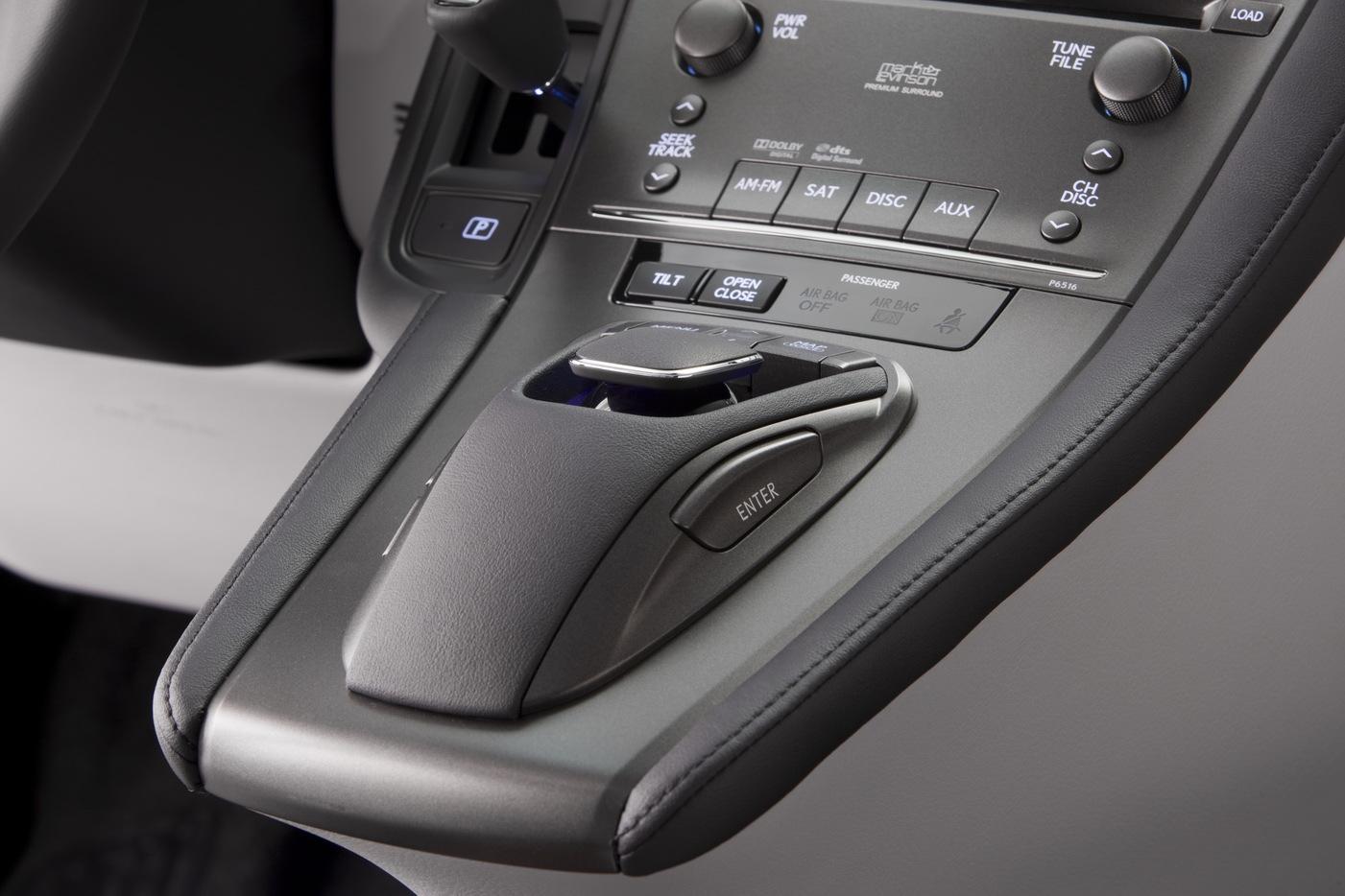 Lexus HS250h 2010